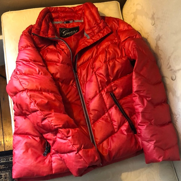 5e1eea6f5 Guess red quilted down puffer jacket.